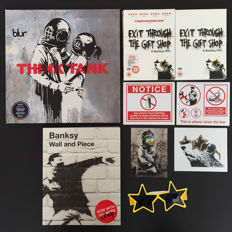 Banksy - LP: Blur Think Tank / Film: Exit through the gift shop + extras / Boek: Banksy Wall and Piece