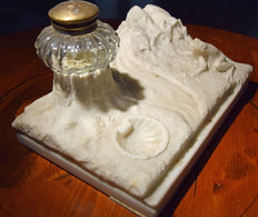 Gorgeous carved Carrara marble inkstand - Italy, early 20th century