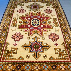 Beautiful, yellow Kazakh carpet – 158 x 112 cm – very good condition – SUPERB APPEAL