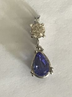 1.97 ct diamond and tanzanite pendant – centre round brilliant-cut diamond of 0.51 ct,J /SI3 – pear tanzanite totalling 1.46 ct.