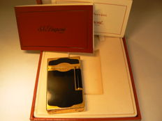 Dupont Lighter Chinese lacquer and gold-plated