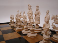 Chess set – China – Xiangfeng/Tongzhi period (circa 1850–1875)