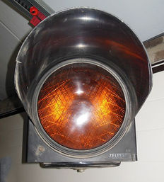 Orange warning light - 80s - Belgium