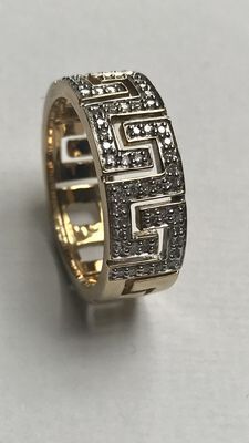Gold ring with motive and 56 diamonds, 0.22 ct in total: size: 18 (57)