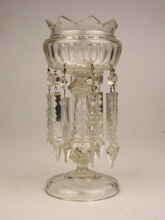 Large glass bowl with cut crystal tips