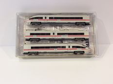 """Trix N - 12744 - Electric train set  BR403/406 """"ICE3"""" of the NS   (922)"""