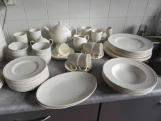 62 Delig Wedgewood servies Windsor