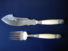 Antique - Victorian - ELKINGTON - silver plated - Fish - serving set of fork and knife from 1870
