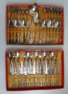 Old cutlery box with 51 piece silver plated cutlery