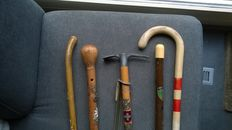 5 special wooden walking canes in good condition, 1 with metal mountaineer climbing tools - Switzerland