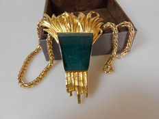 Pendant: 900 yellow gold with 100 ct  blue indicolite tourmaline – necklace: 750 yellow gold – unique item – handmade