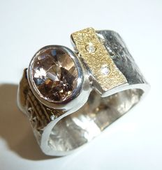 Broad solid silver 925 ring with 999 fine gold element and 1.44 ct  morganite and 2 diamonds, size 56-57 / 17.8-18.1 mm