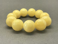 Large beads bracelet of Baltic amber - ø19mm, weight 40.5 grams