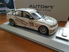 AUTOart-Sponsor Edition - Scale 1/18 - BMW 320i Touring Car 'Watsons Water' #15