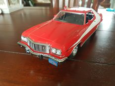 Greenlight - Scale 1/18 - Ford Gran Torino 1976 'Starsky and Hutch' - Red/White