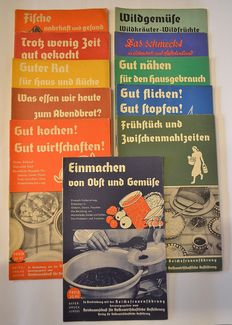 Lot with eleven brochures on house keeping - around 1940