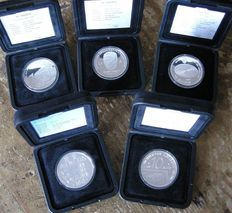 The Netherlands – 10 guilder 1994/1999 Beatrix (5 different ones) in cases – silver