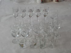 Lot of 25 Gin and liqueur glasses