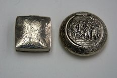 2 beautiful decorated silver snuff / pill boxes, from the early 19th century