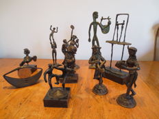 Bronze-bronzed collection figurines
