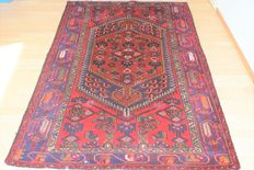 Persian carpet, Hamadan/Iran – previous century – 200 x 125 cm – no reserve price – bidding starts at €1.