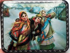 "Russian lacquer box ""Fedoskino"" –"" Three beauties – Girlfriends"" - Russian souvenir Dimensions"