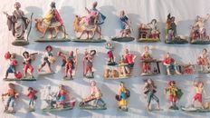 Beautiful set of figurines from an antique Neapolitan Nativity scene