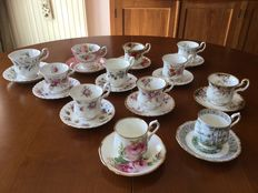 Royal Albert porcelain - 12 cups and saucers - England