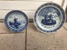 Porceleyne Fles - Two wall plates