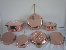 6 piece cookware set - 2 saucepans - 1 culinox spring mini pancakes/ escargot pan
