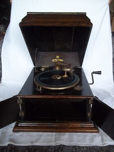 Antique Academy table gramophone - Wooden edition, luxurious model