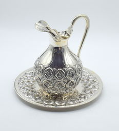 A set of Perfectly designed silver jug and tray, international hallmarked 900