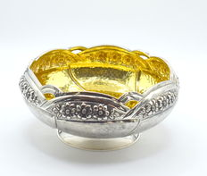 Perfectly designed Italian silver bowl, international hallmarked 900