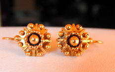 Sleeper earrings all in 18 kt pink gold ** PRICE WITHOUT RESERVE **