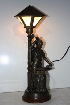 Beautiful floor lamp in bronzed metal (the Blacksmith) in working condition, Belgium, mid 20th century