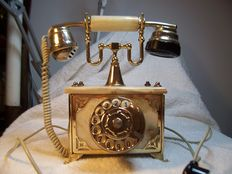 Phone in Onyx and brass - reconditioned and working