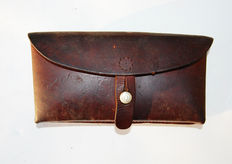 E Hossmann graben leather pouch. Switzerland.