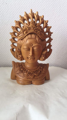 fine carved wooden bust - Bali – Indonesia