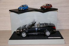 Norev / Universal Hobbies - Scale 1/8-1/43 - Lot with 3 models: 1 x Renault Megane Coupé Cabriolet 2003 & 2 x Renault Clio 3 doors