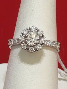 18 kt white gold with diamonds - Size: 15.