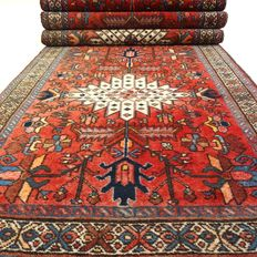 Hamadan - 344 x 97 cm - eye-catcher - long, richly decorated, Persian runner in wonderful condition.