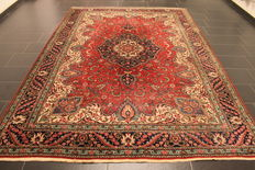 Magnificent old hand-knotted Art Nouveau Persian carpet, Tabriz, 235 x 335 cm, made in Iran