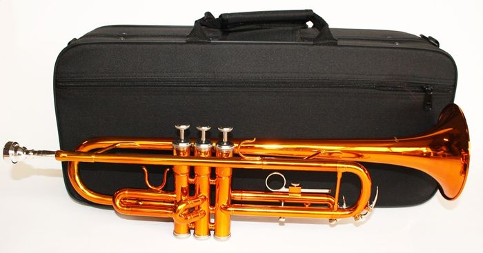 Trumpet ChS TR110OR with solid case, Bb, colour orange, made especially for the Netherlands in limited edition