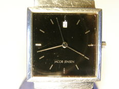 Jacob Jensen  ( famous Danish designer ) boxed unisex wrist watch with date model: 121-10855