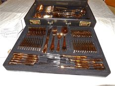 70 piece cutlery set Rokoko/Solingen 23/24 karat gold plated in a leather case with a combination lock
