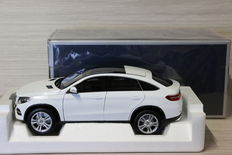 Norev - Scale 1/18 - Mercedes-Benz GLE coupé 2015 - White