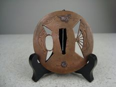 Bronze tsuba – Japan – 19th century (Edo period)