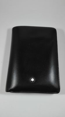 Card and banknotes holder in real leather by Montblanc