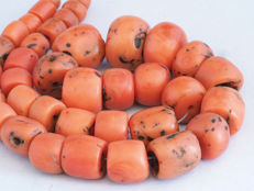 Antique mediterranean red coral beads strand - Morocco