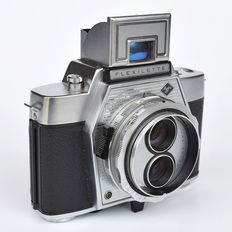 Exceedingly beautiful compact AGFA Flexilette TLR camera.